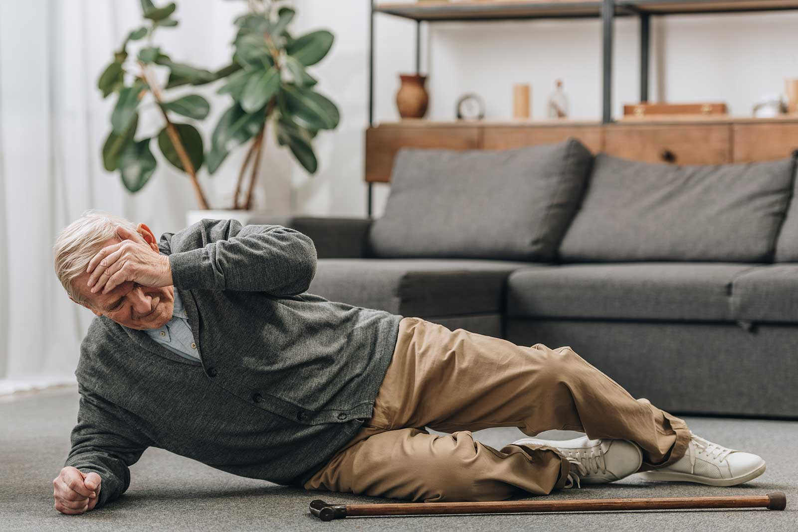 How Incontinence Contributes to Falls